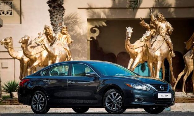2017 Nissan Altima Gets A Fresh New Look Inside and Out