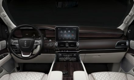 Leadership Qualities to the Fore as New Lincoln Presidential Line brings Luxury and Refinement to New Levels