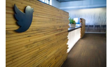 Small and medium-sized businesses now have the ability to launch Arabic campaigns on Twitter through a new payment method