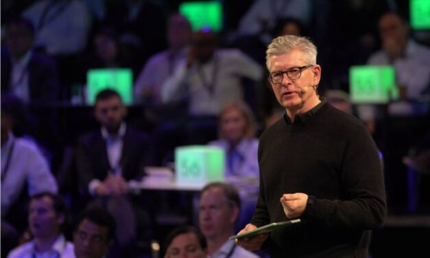 """CEO Ekholm: """"More than ever, connectivity is key"""""""