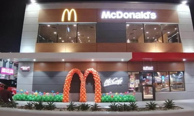 """McDonald's Saudi Arabia """"Chicken McWings"""" are sourced by Saudi grown chicken from Tanmiah farms"""