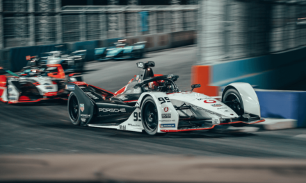 Porsche earns vital points at the start of the Formula E season