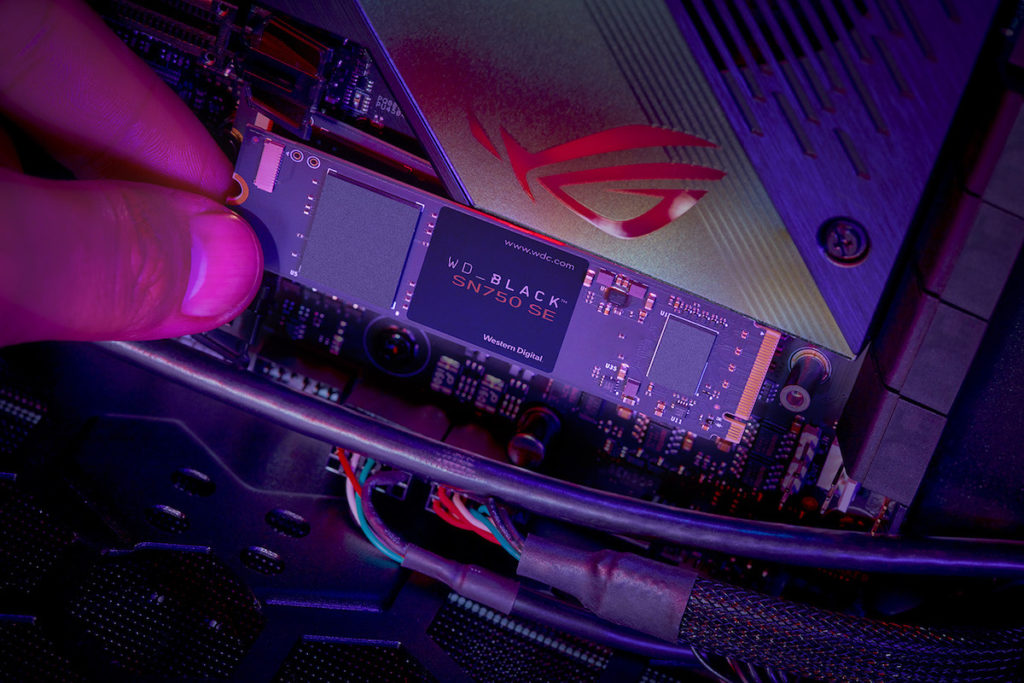 Life-install-WD_BLACK SN750 SE NVMe SSD_LR