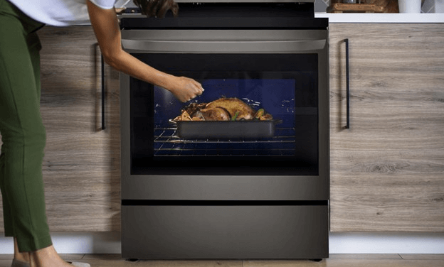 LG InstaView Electric Oven: The New Range That Fits Any lifestyle